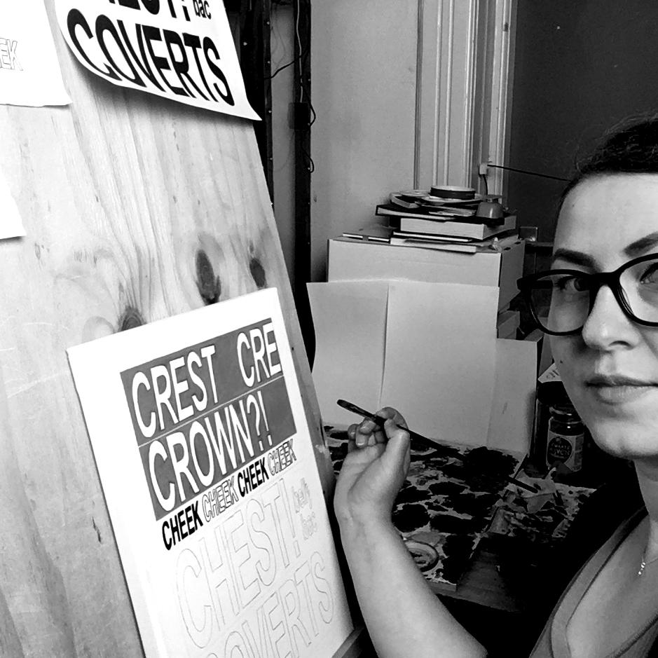 Inge Marleen at work in the studio